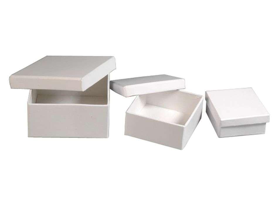 Pappeske firkantet sett a 3 - Hvit